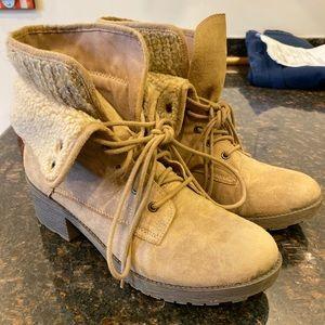 Rock & Candy Tan Combat Boots Sz 10